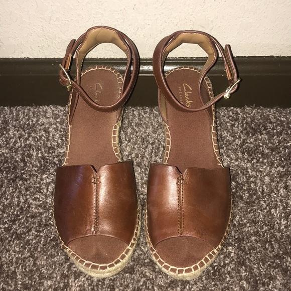 9fc9a67b256 Clarks Shoes - Clarks Artisan Petrina Selma Wedges 7.5M